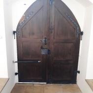 Zatvarači vrata DIREKT i gotička vrata s lukom-1